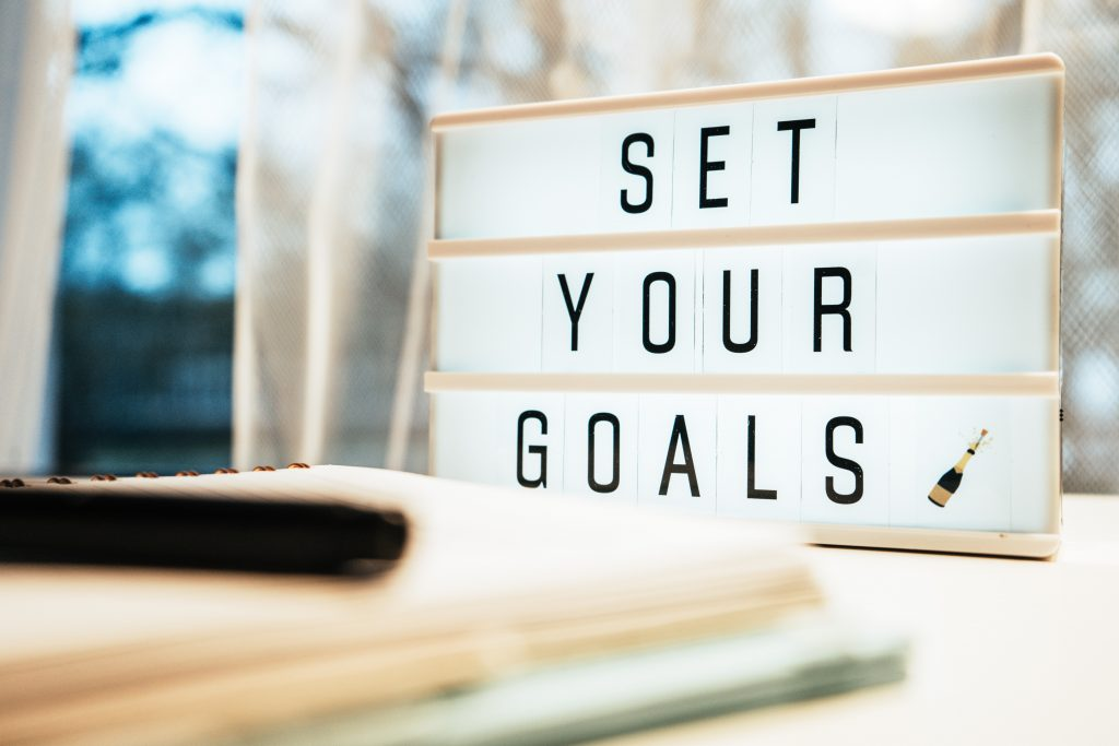 set and achieve your goals on lightbox
